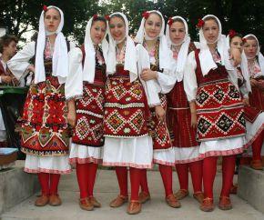 Macedończycy8