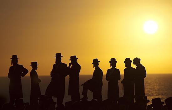 Żydzi106